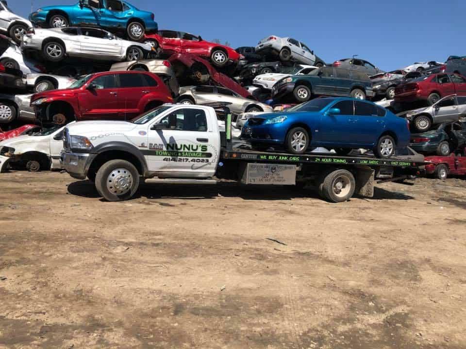 Junk Cars in Milwaukee, Wisconsin